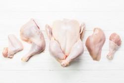 Bandeja de 1 kilo de Traseros de pollo blanco