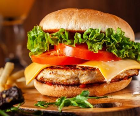 hamburguesa de cebolla caramelizada